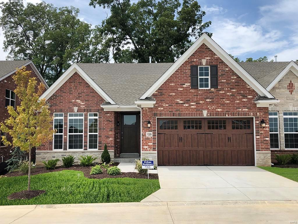 1409 Spring Snow Drive Property Photo - Frontenac, MO real estate listing