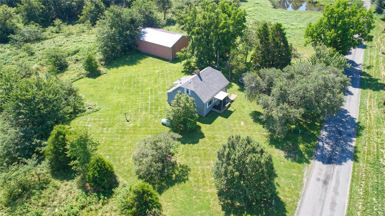 13800 Dwina Road Property Photo - Pittsburg, IL real estate listing