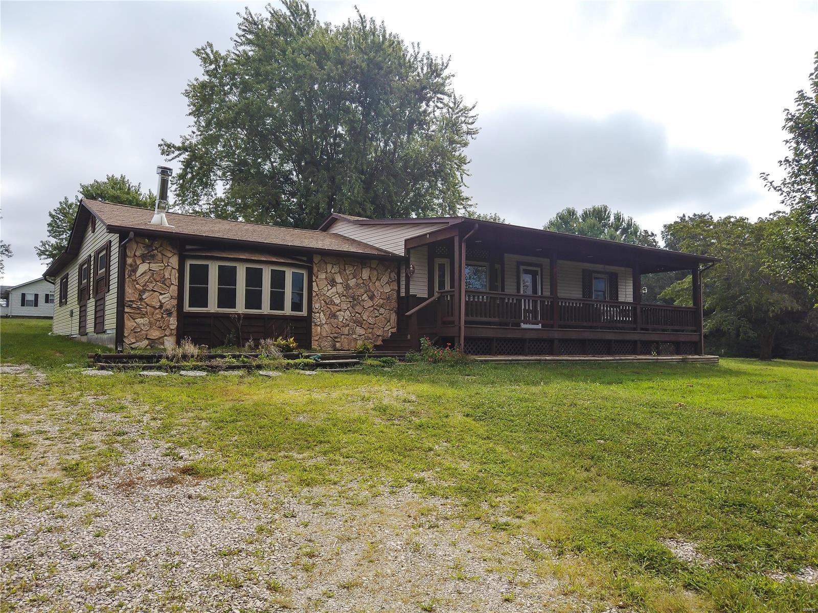 101 Baldwin Property Photo - Bourbon, MO real estate listing