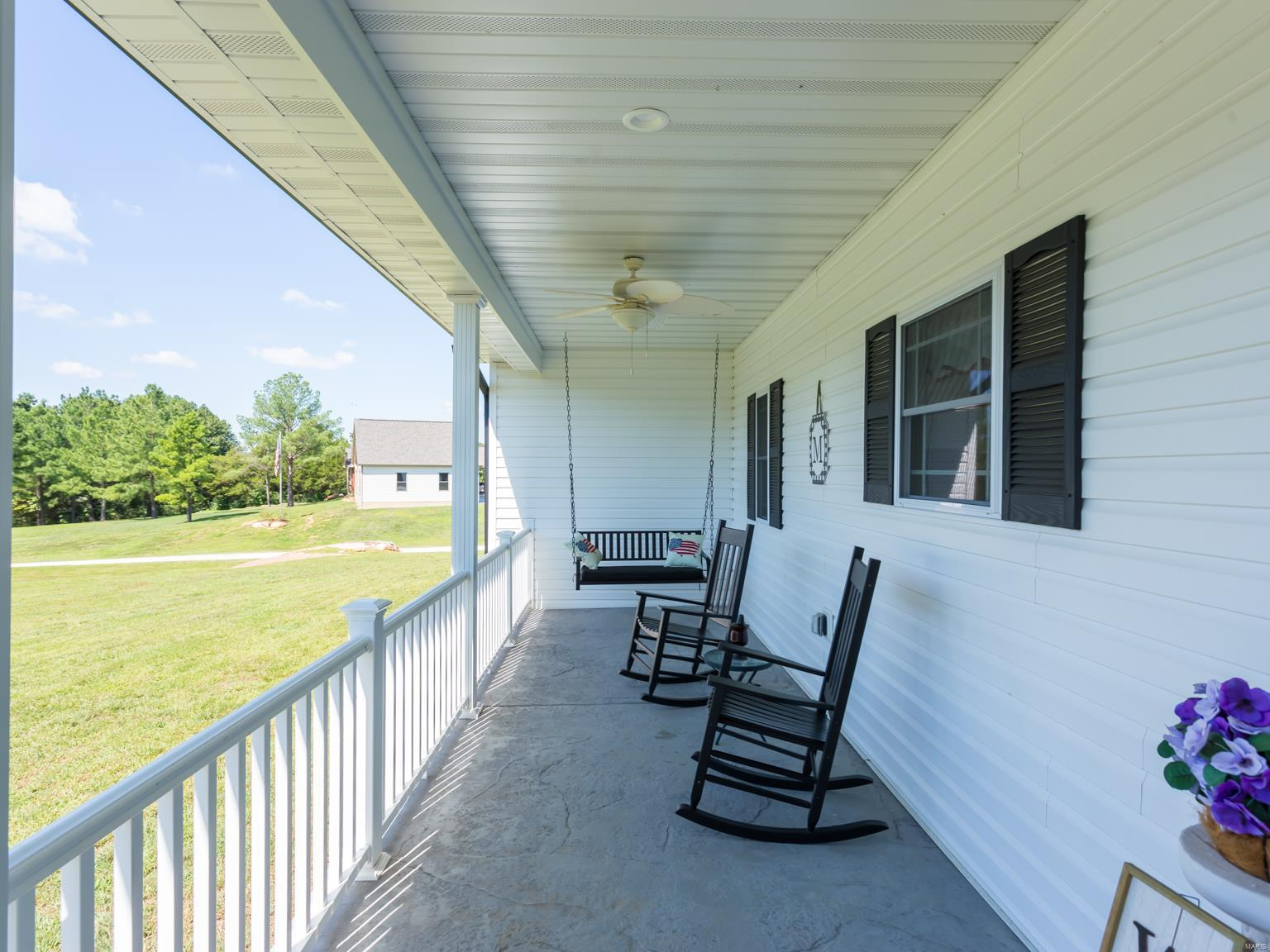 9596 Back Woods Trail Property Photo - Hillsboro, MO real estate listing