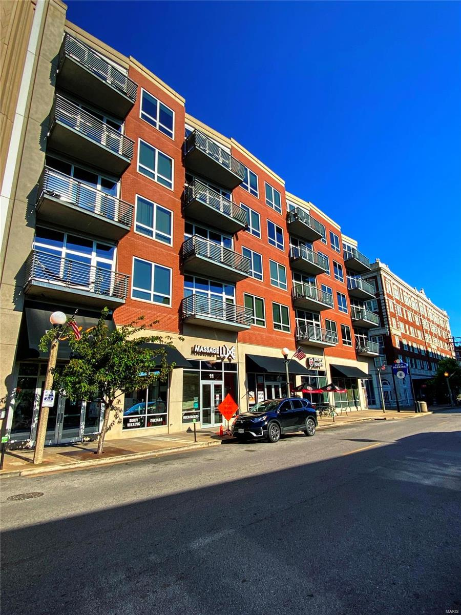 9 North Real Estate Listings Main Image