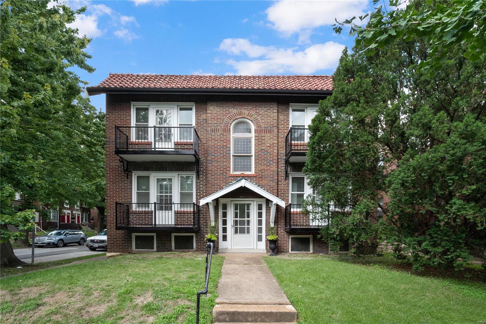 4547 Flora Avenue Property Photo