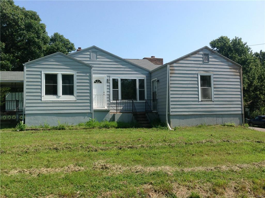 107 Pine Lawn Avenue Property Photo - Richland, MO real estate listing