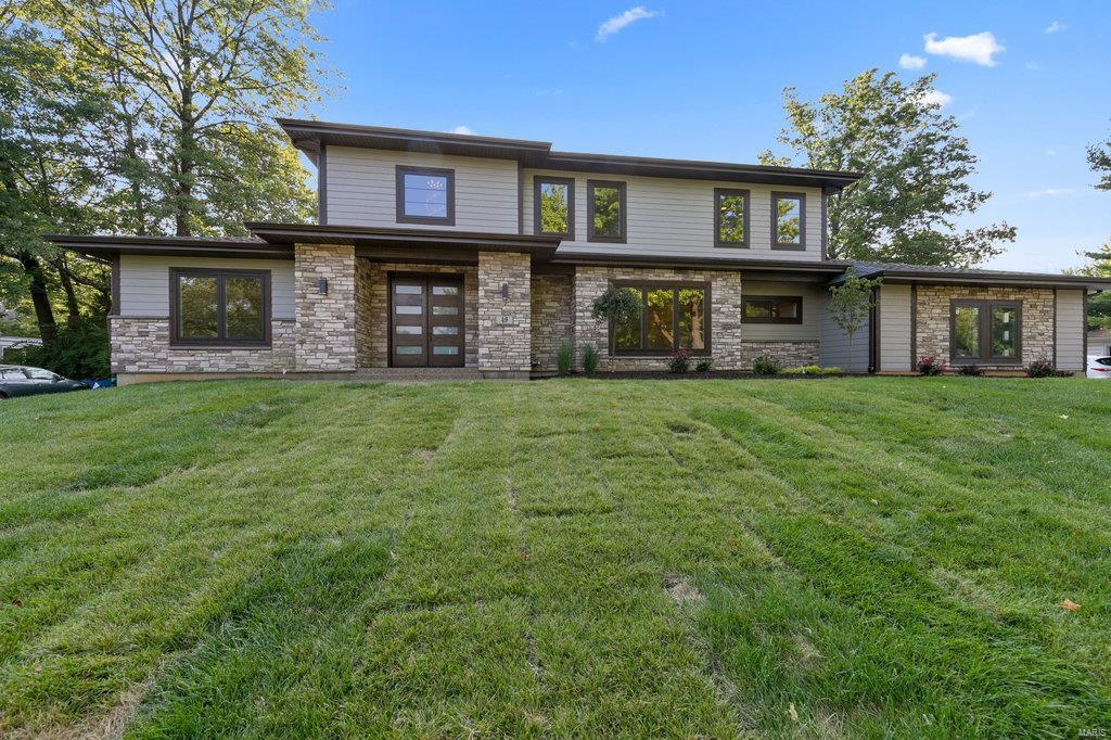 49 Stoneyside Lane Property Photo - Olivette, MO real estate listing