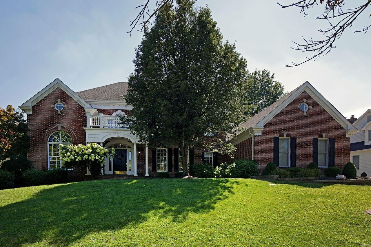 14818 Brook Hill Drive Property Photo - Chesterfield, MO real estate listing