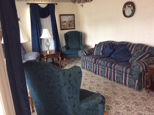 325 S Pine Property Photo - Breese, IL real estate listing