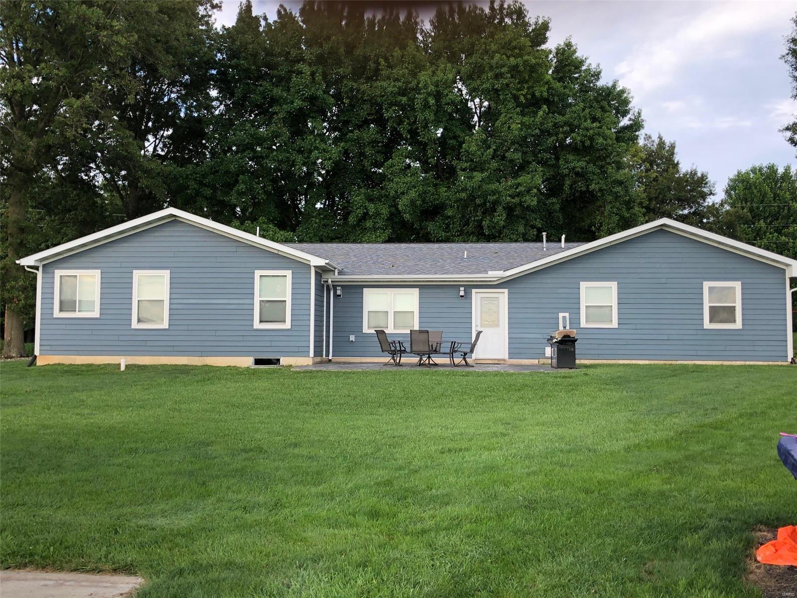 684 IL 185 Property Photo - Vandalia, IL real estate listing