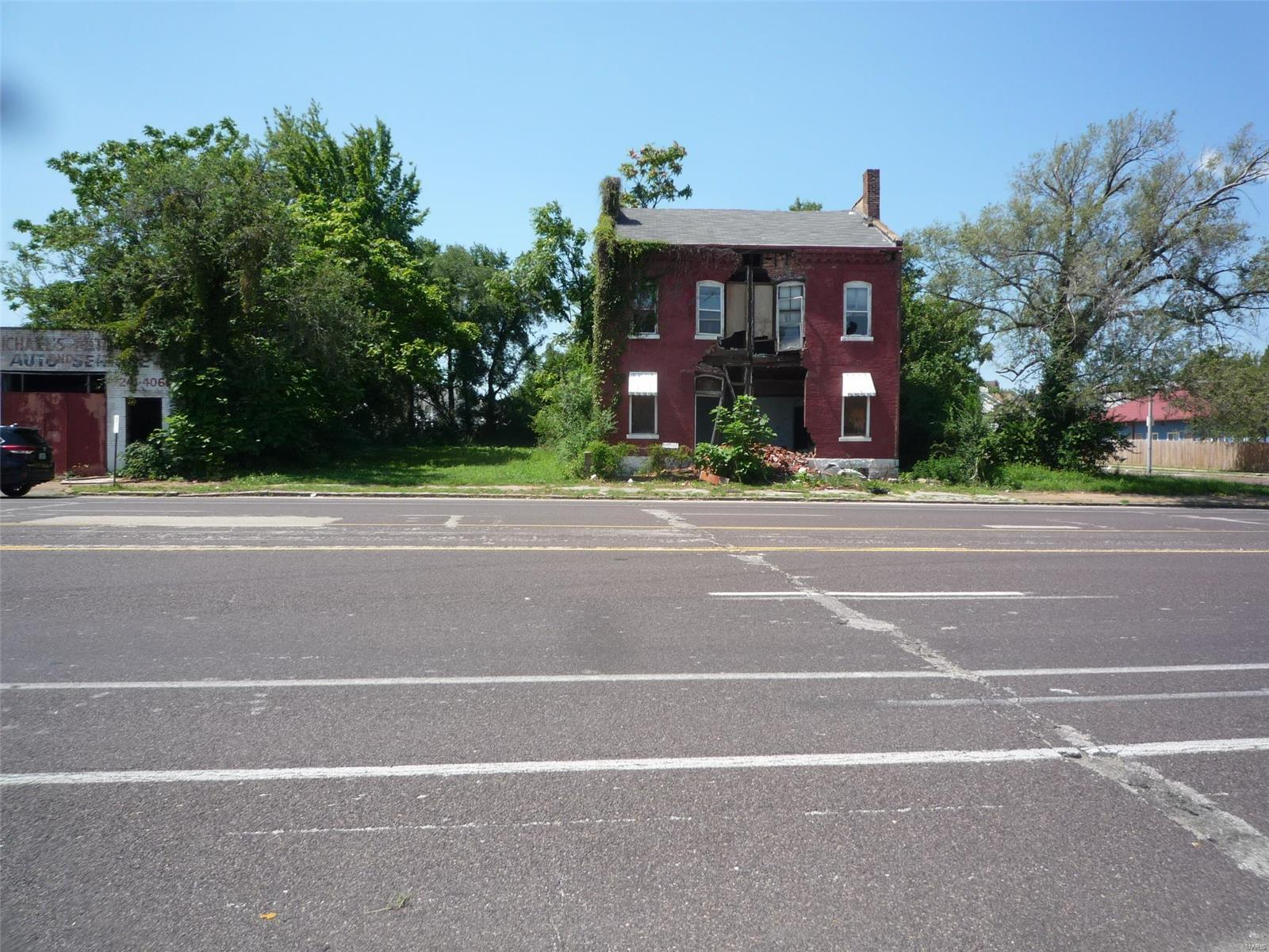 2117 N Florissant Avenue Property Photo - St Louis, MO real estate listing