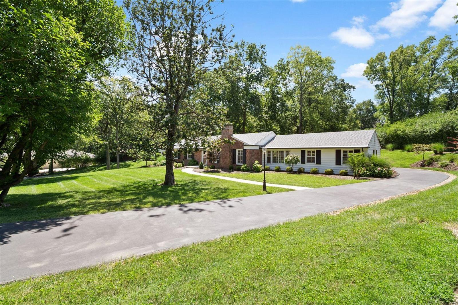 Hickory Hill Real Estate Listings Main Image