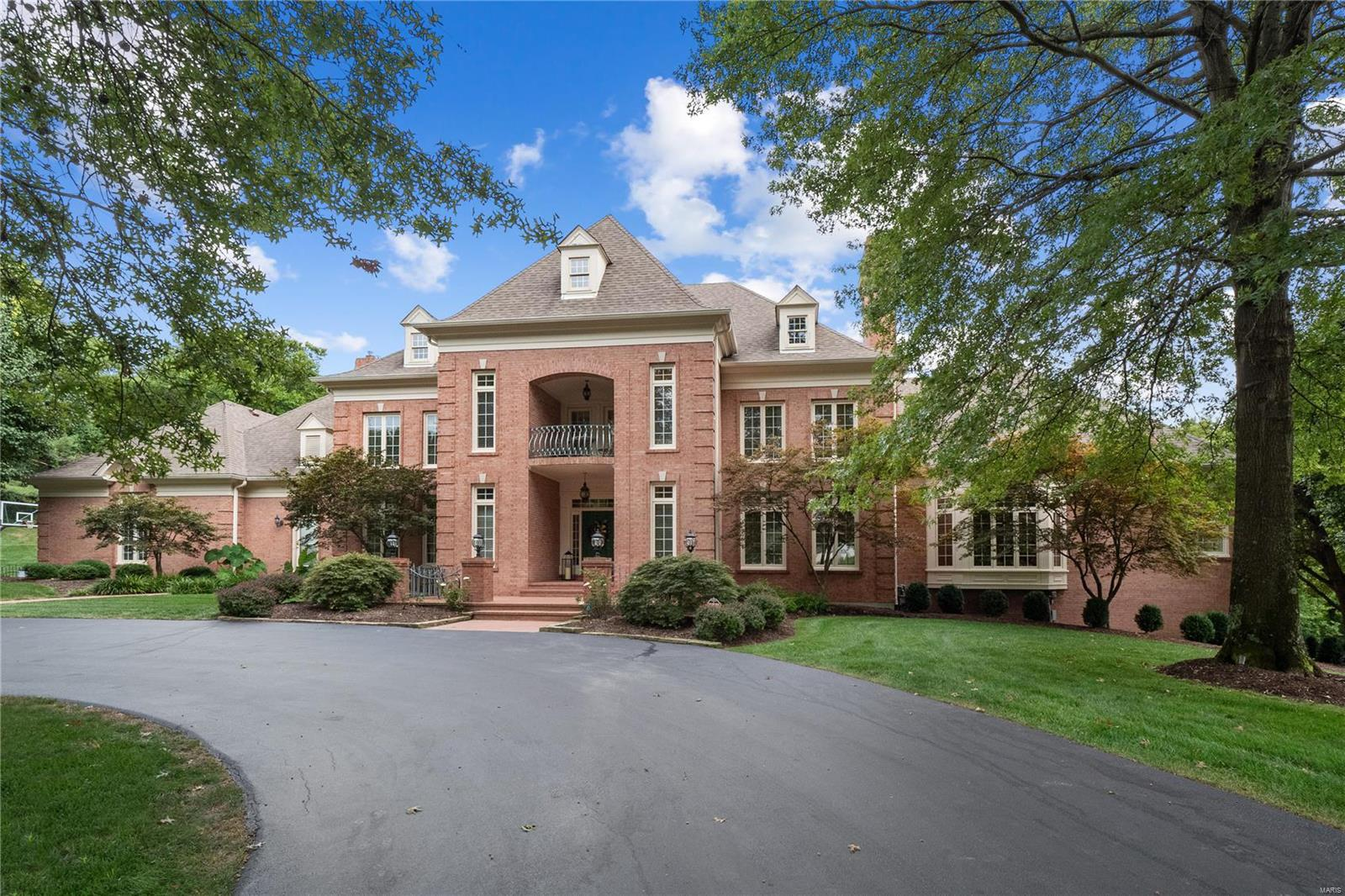 13302 Buckland Hall Road Property Photo - St Louis, MO real estate listing
