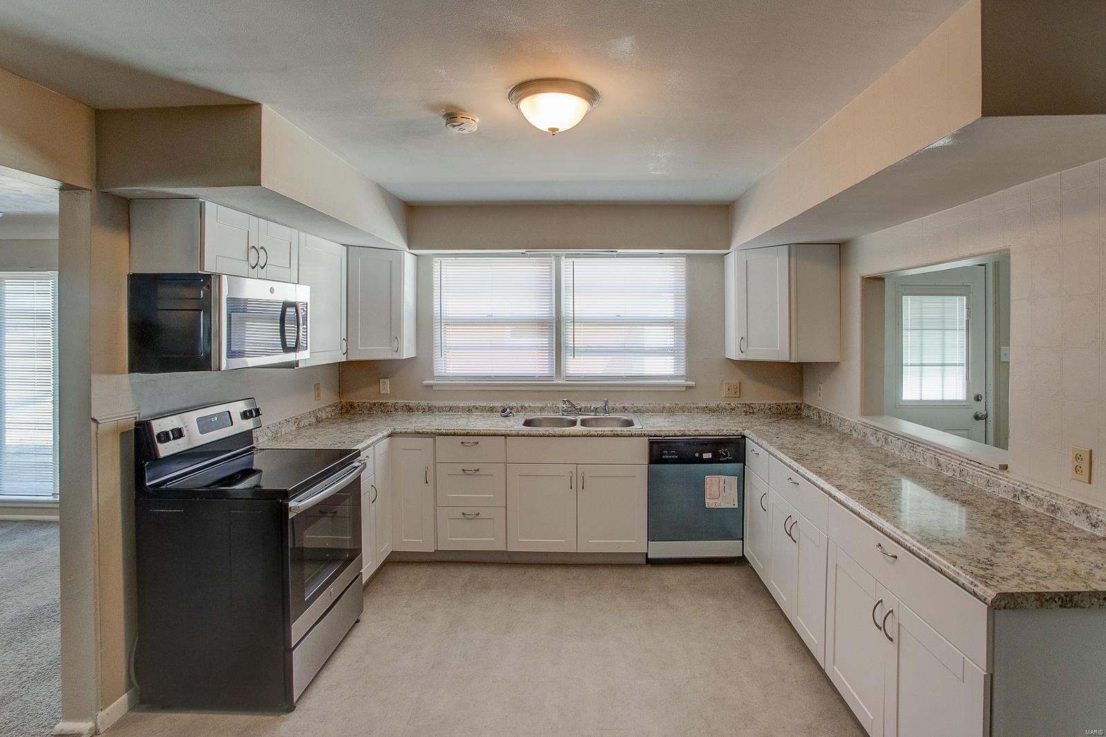3214 Wabash Avenue Property Photo - Granite City, IL real estate listing
