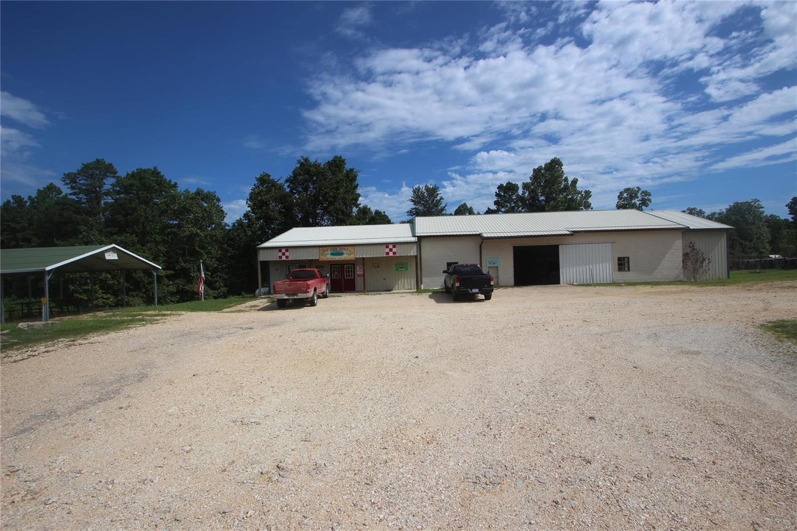 43 Highway V Property Photo - Centerville, MO real estate listing