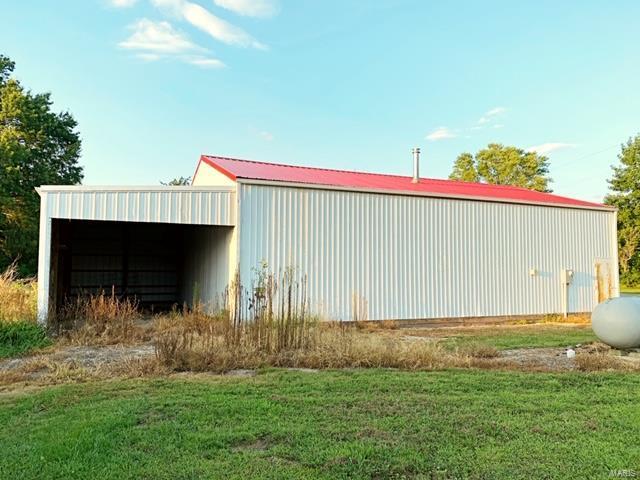 2194 Burg Trail Property Photo - Fillmore, IL real estate listing