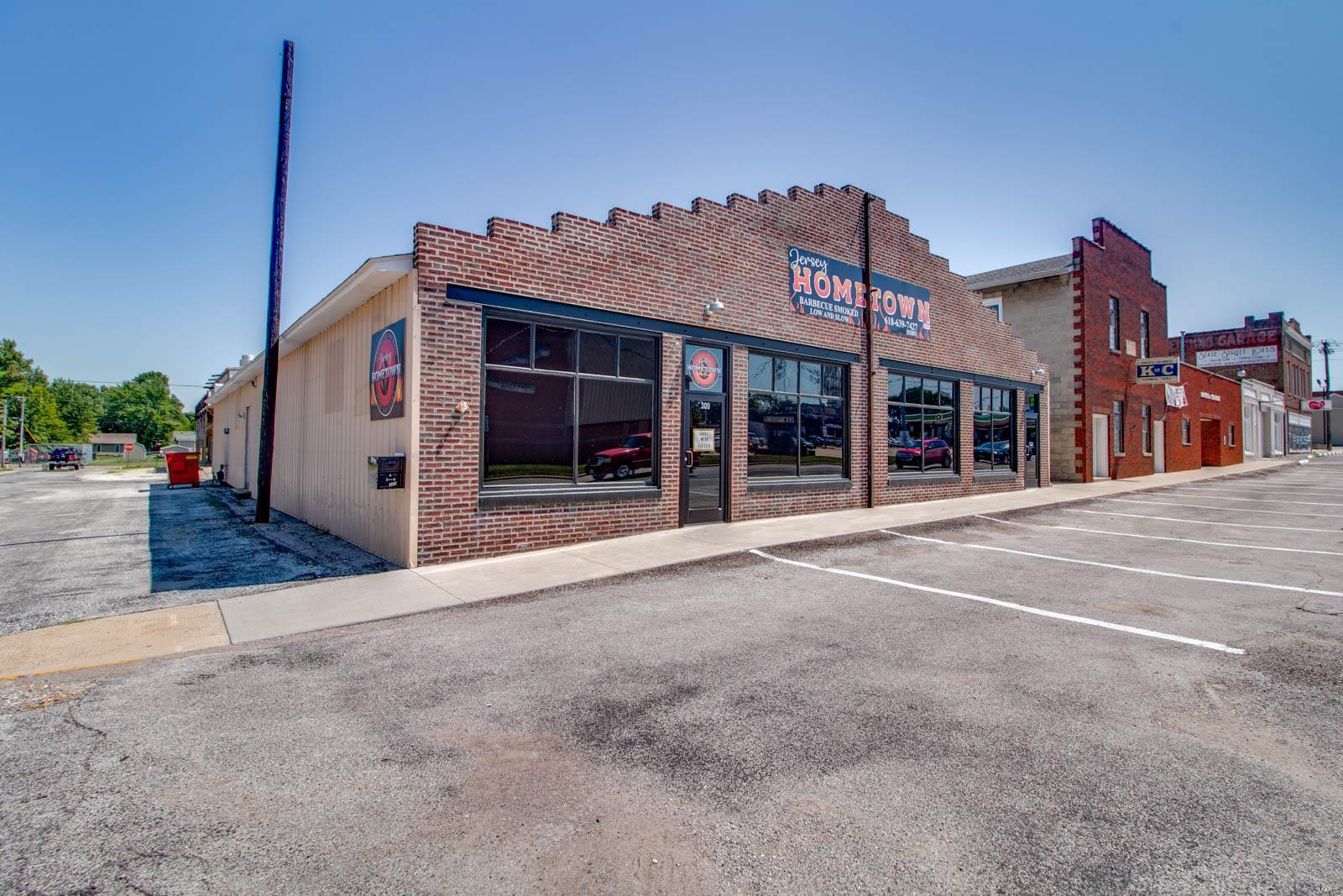 309 N State Street Property Photo - Jerseyville, IL real estate listing