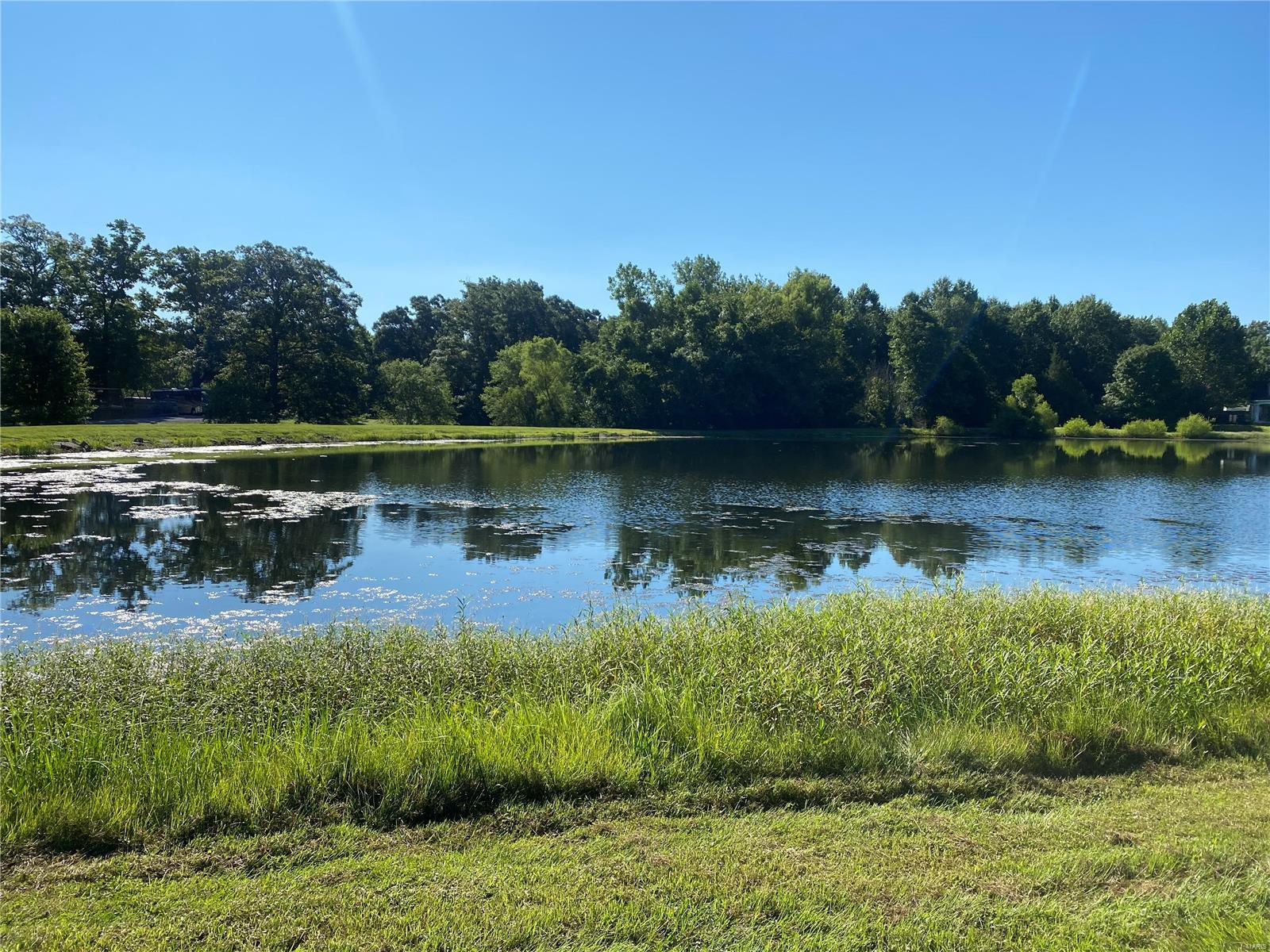 5064 Country Club Property Photo