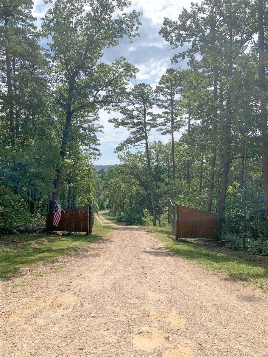 18418 Circle B Property Photo - Eminence, MO real estate listing