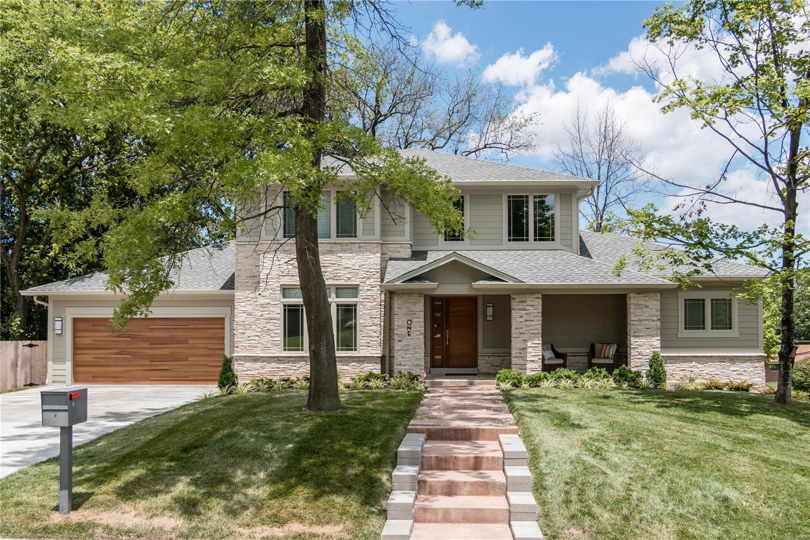 764 Elkington Property Photo - Olivette, MO real estate listing
