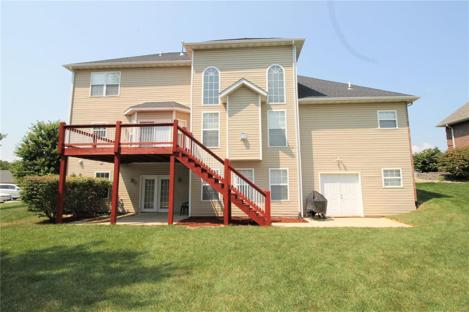 4952 Autumn Oaks Drive Property Photo - Maryville, IL real estate listing