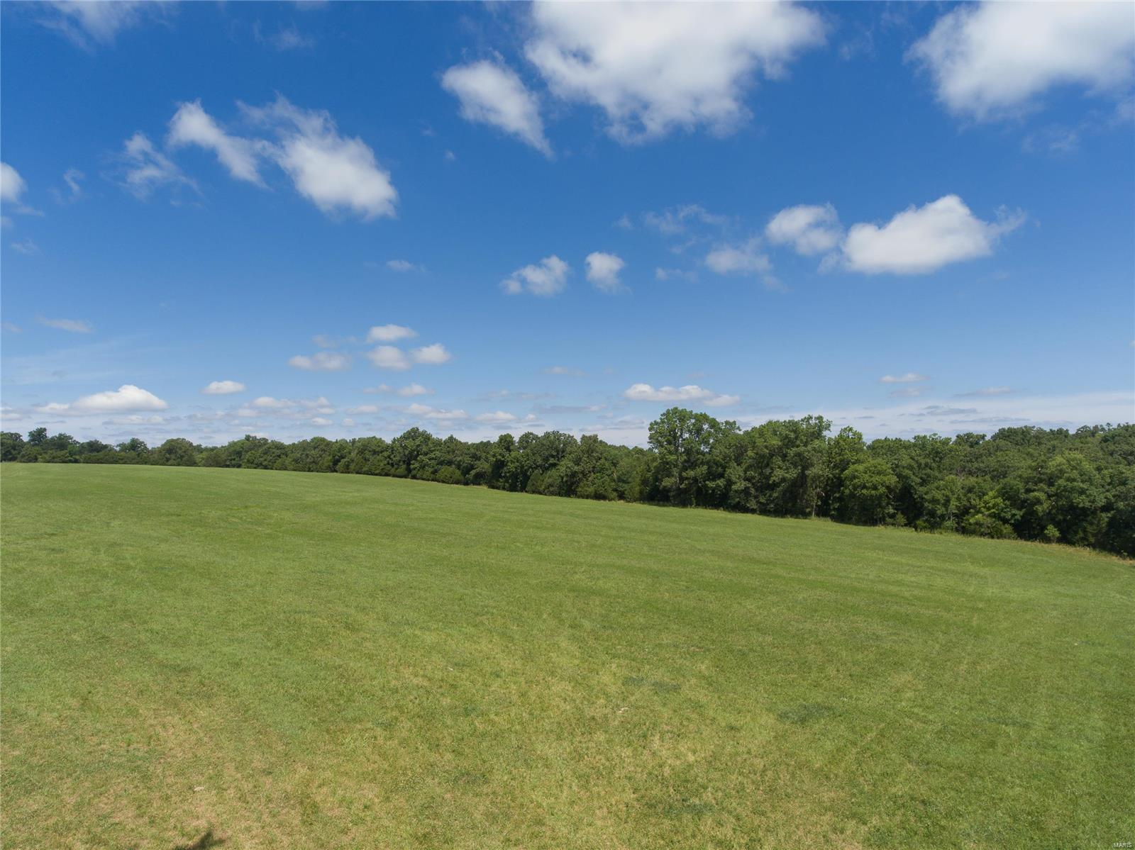 6933 Russell Property Photo - Hillsboro, MO real estate listing