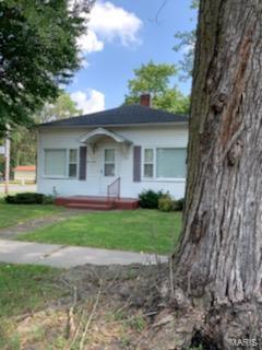 112 W Broad Street Property Photo - Raymond, IL real estate listing