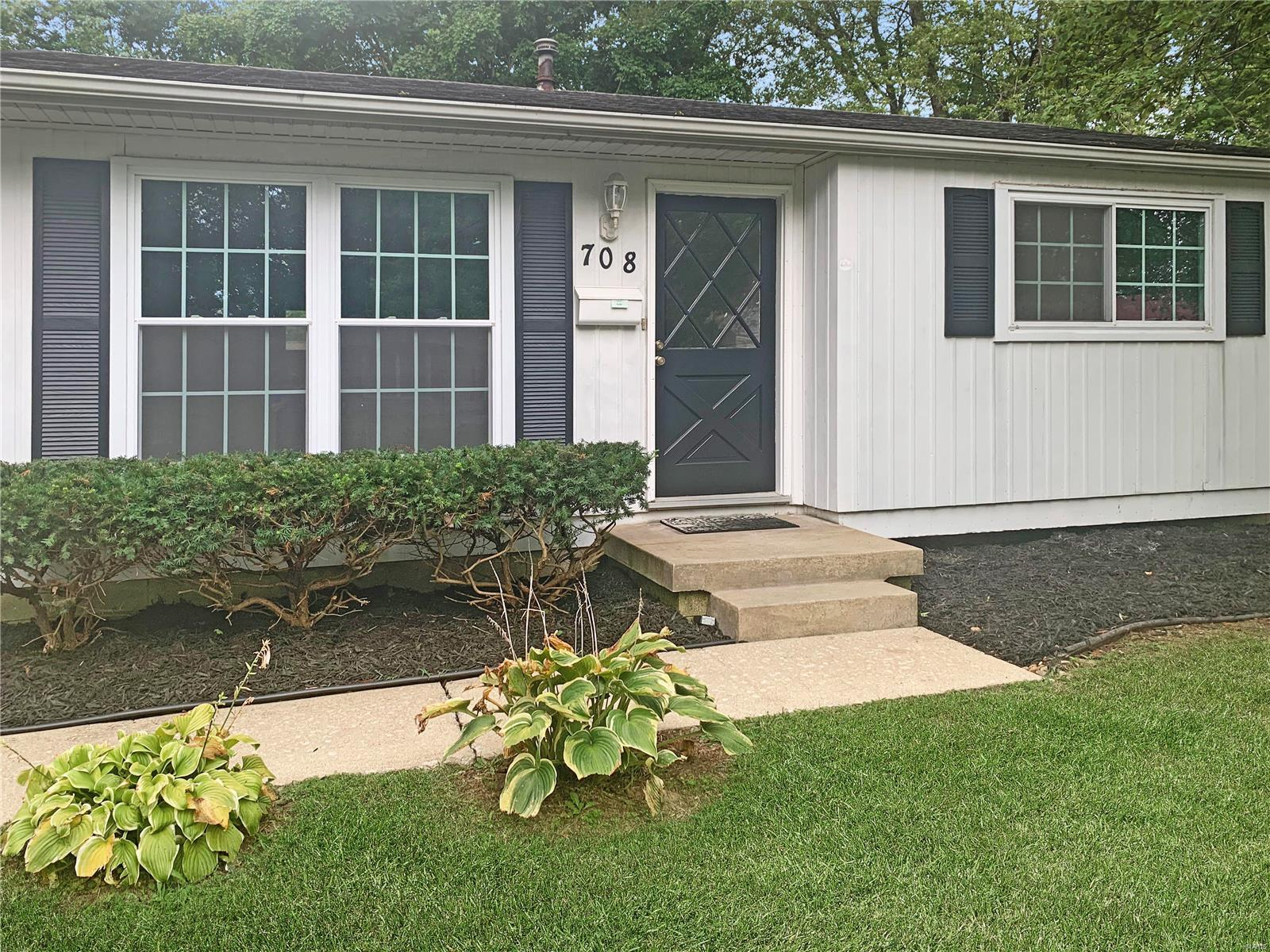 708 Westbrook Court Property Photo - O'Fallon, IL real estate listing