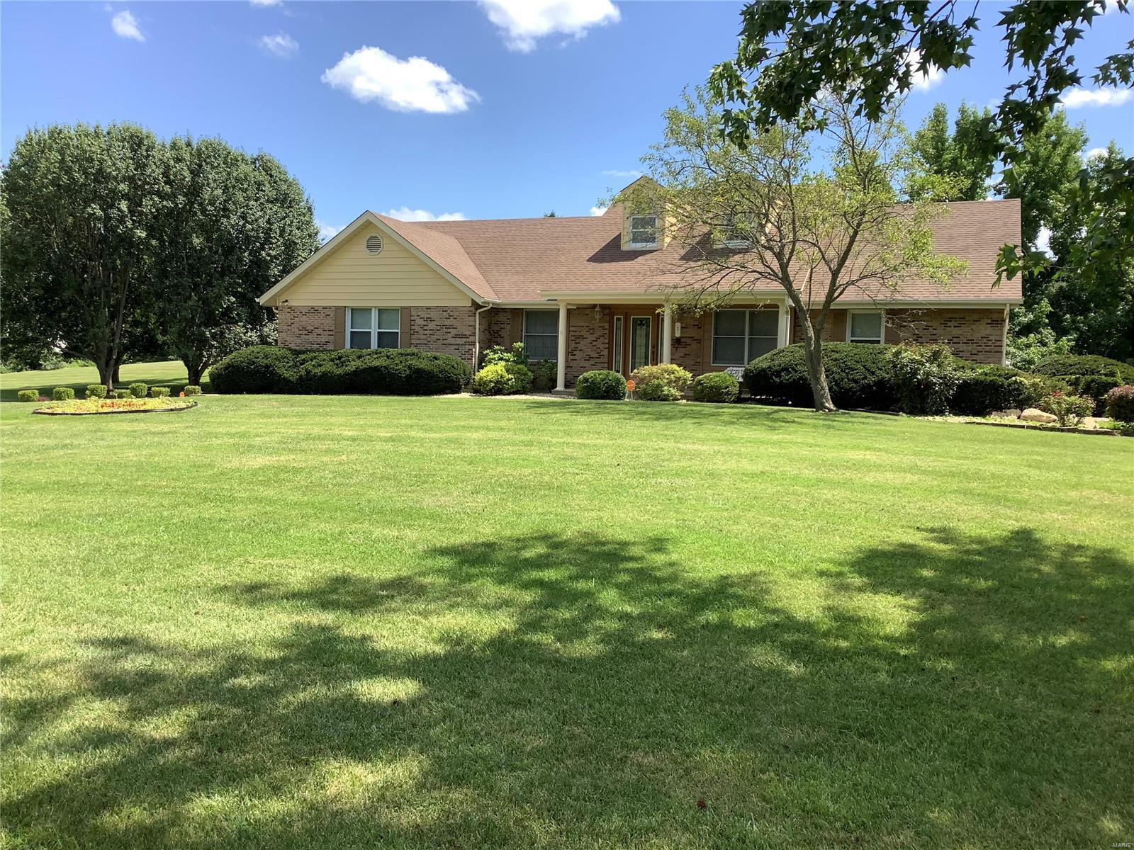 2 Jamestown Farm Drive Property Photo