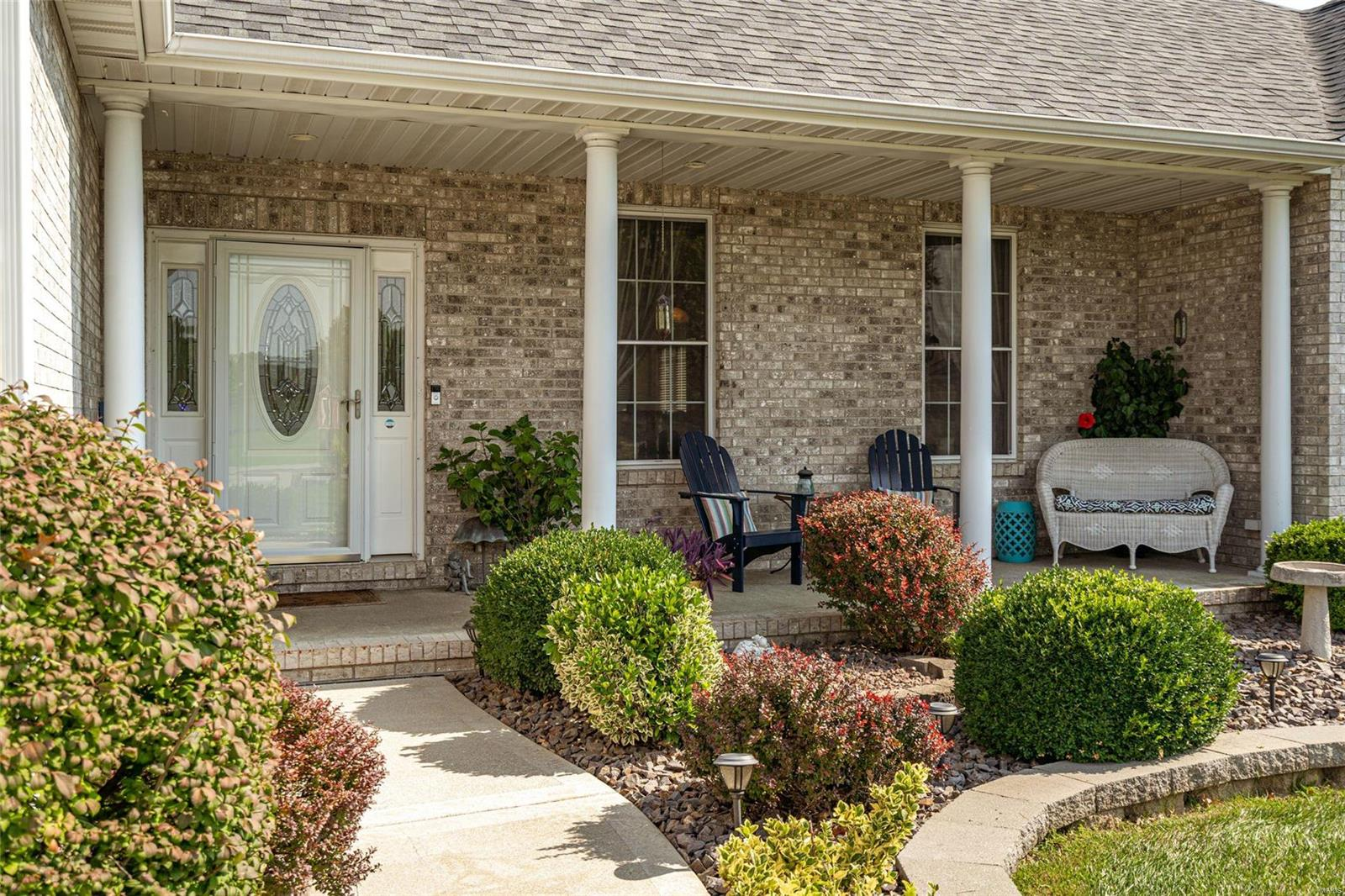 9 Peggy Sue Court Property Photo - Collinsville, IL real estate listing