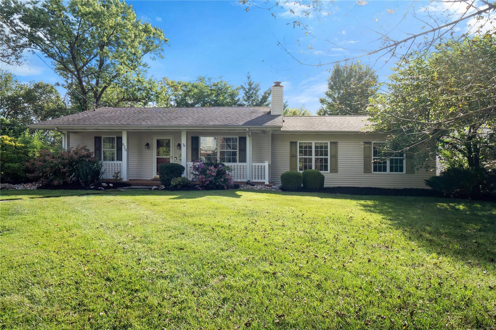 826 Cleveland Avenue Property Photo - Kirkwood, MO real estate listing