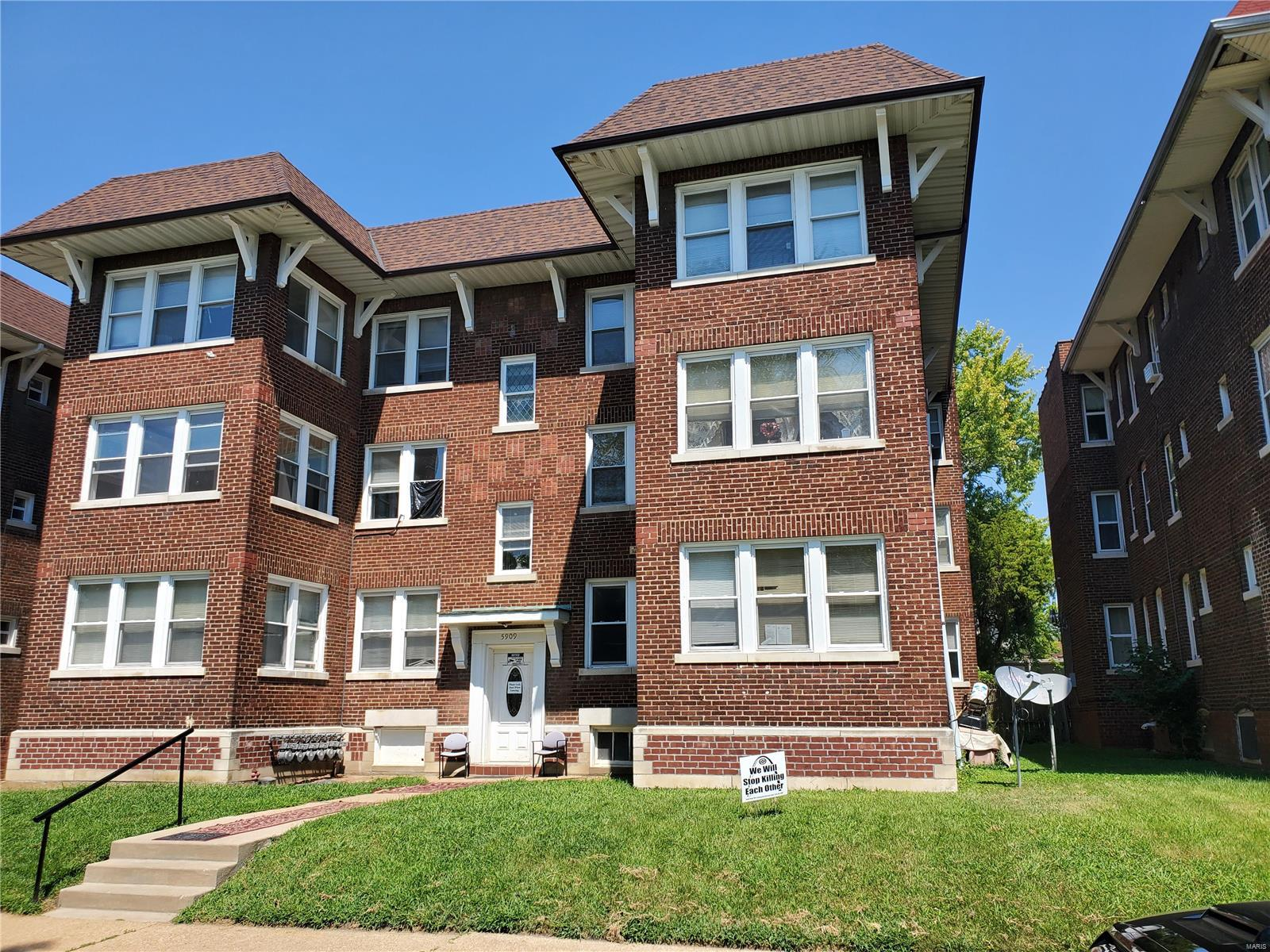 5909 Cates Avenue Property Photo - St Louis, MO real estate listing