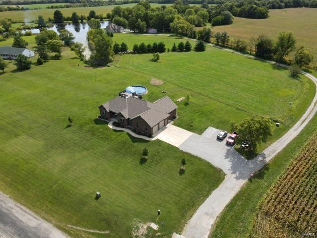 13908 Schuster Road Property Photo - Pocahontas, IL real estate listing