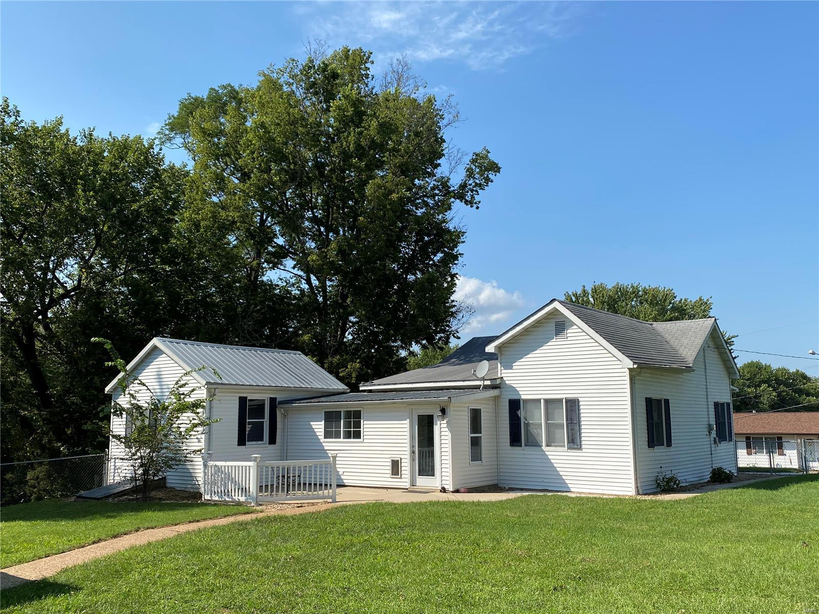 12 W Mill Street Property Photo - Ruma, IL real estate listing
