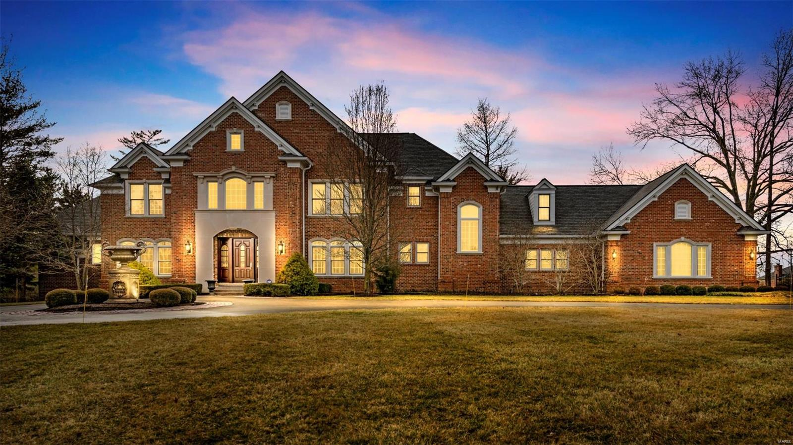 12760 Post Oak Road Property Photo - Town and Country, MO real estate listing