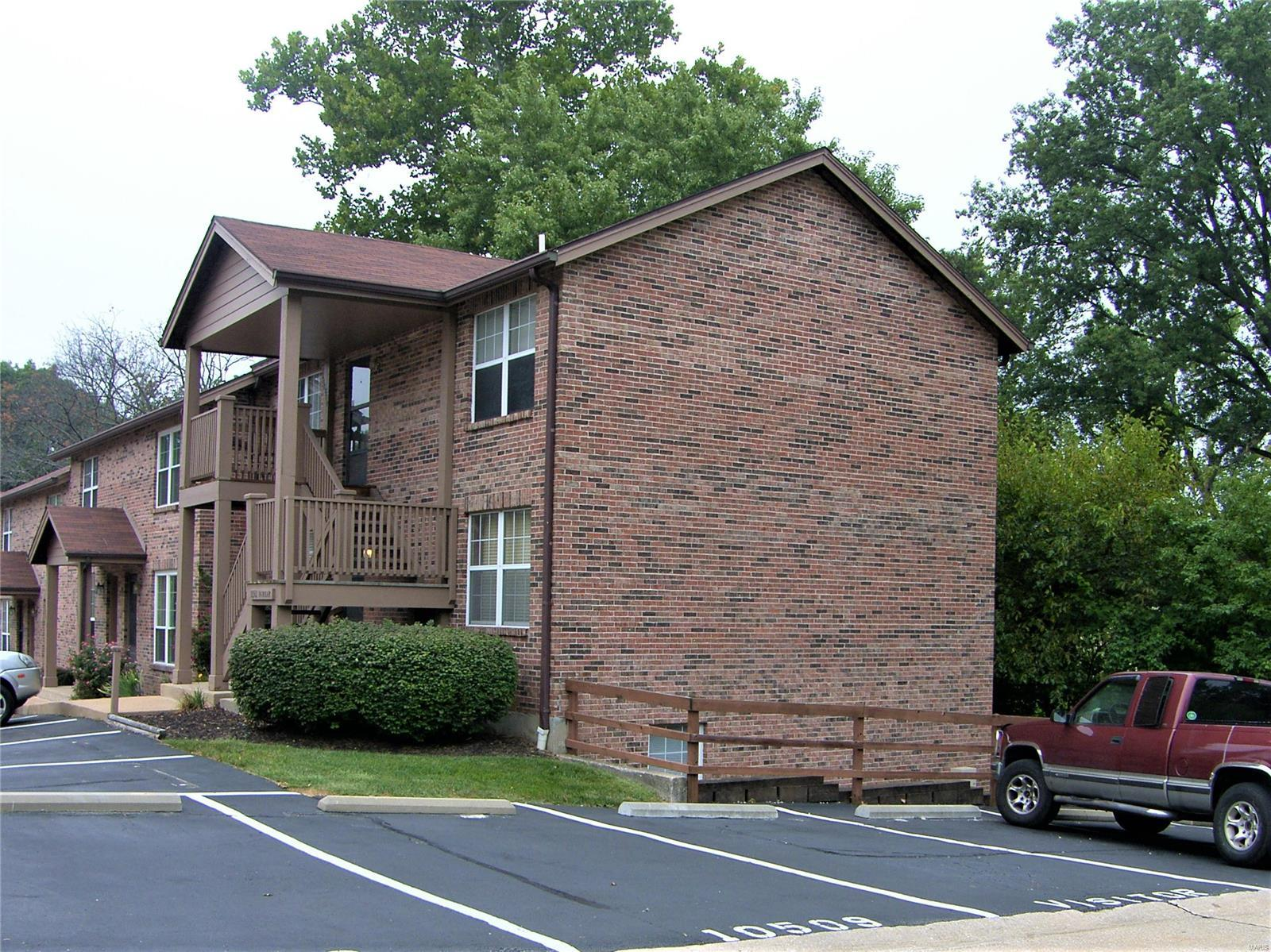 10501 Silkwood Property Photo - St Louis, MO real estate listing