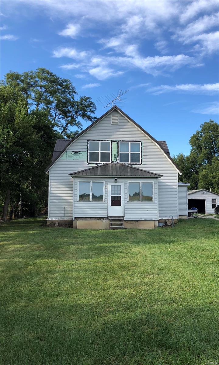 49444 Hummingbird Lane Property Photo - Vandalia, MO real estate listing