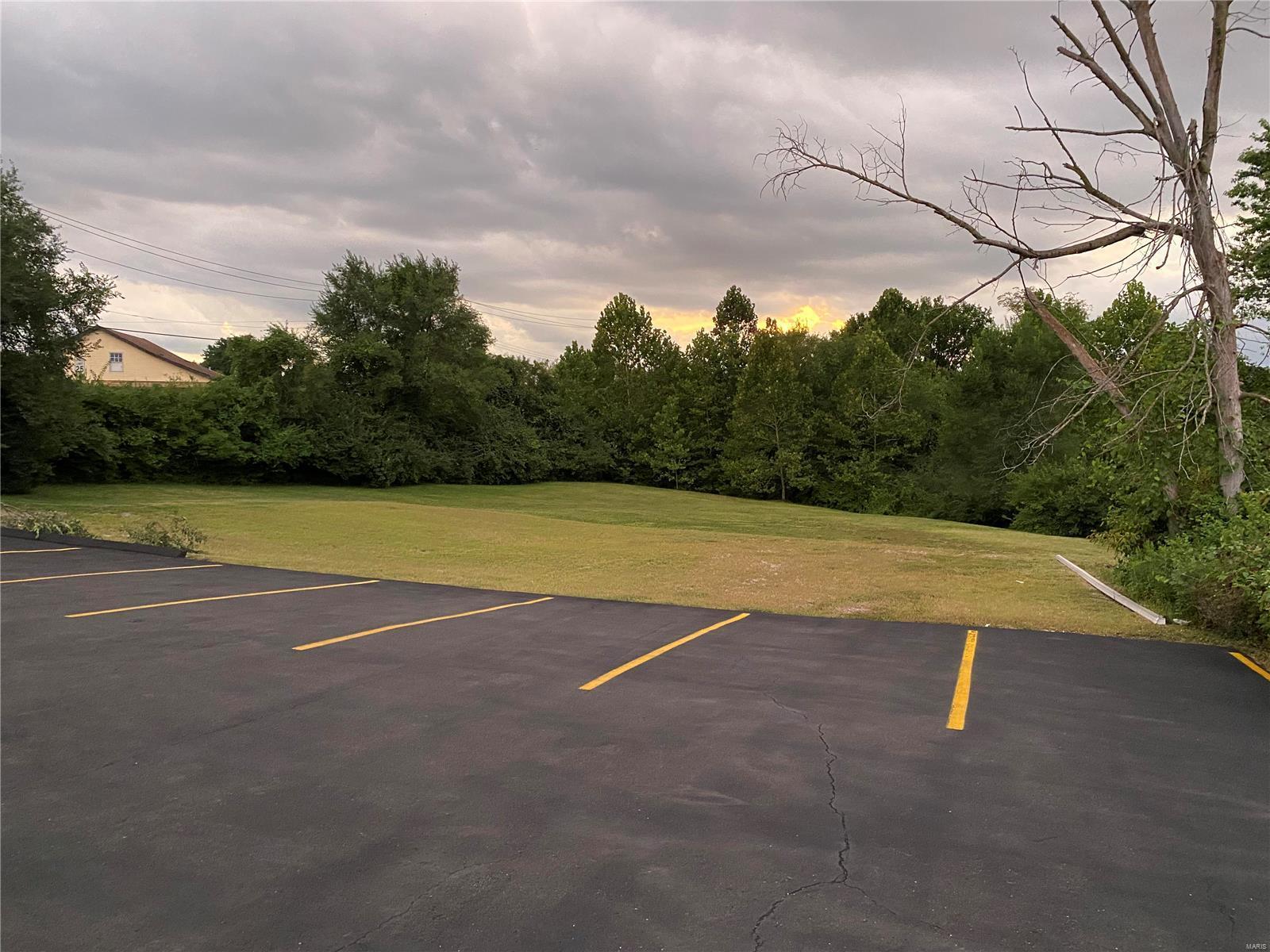 12405 Old Halls Ferry Property Photo - Black Jack, MO real estate listing