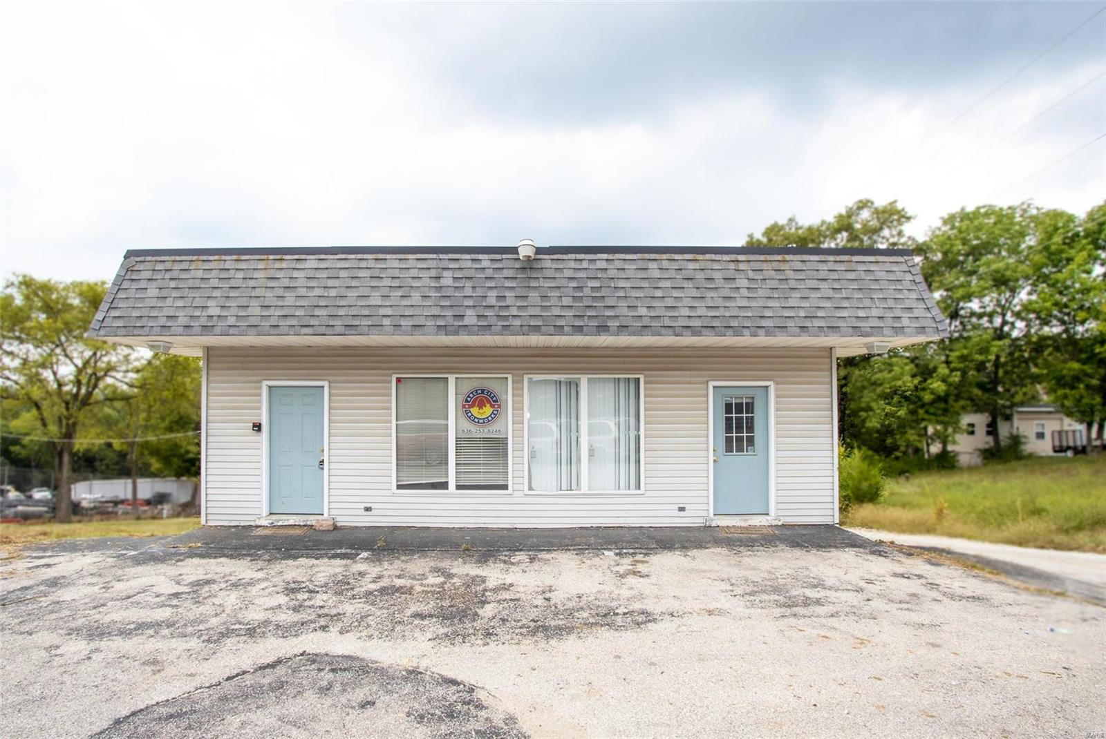 4003 Gravois Property Photo - House Springs, MO real estate listing