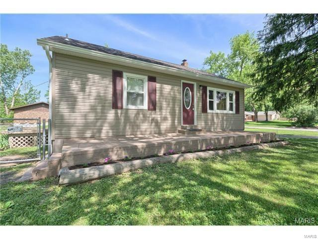 229 Ries Rd Property Photo - Ballwin, MO real estate listing