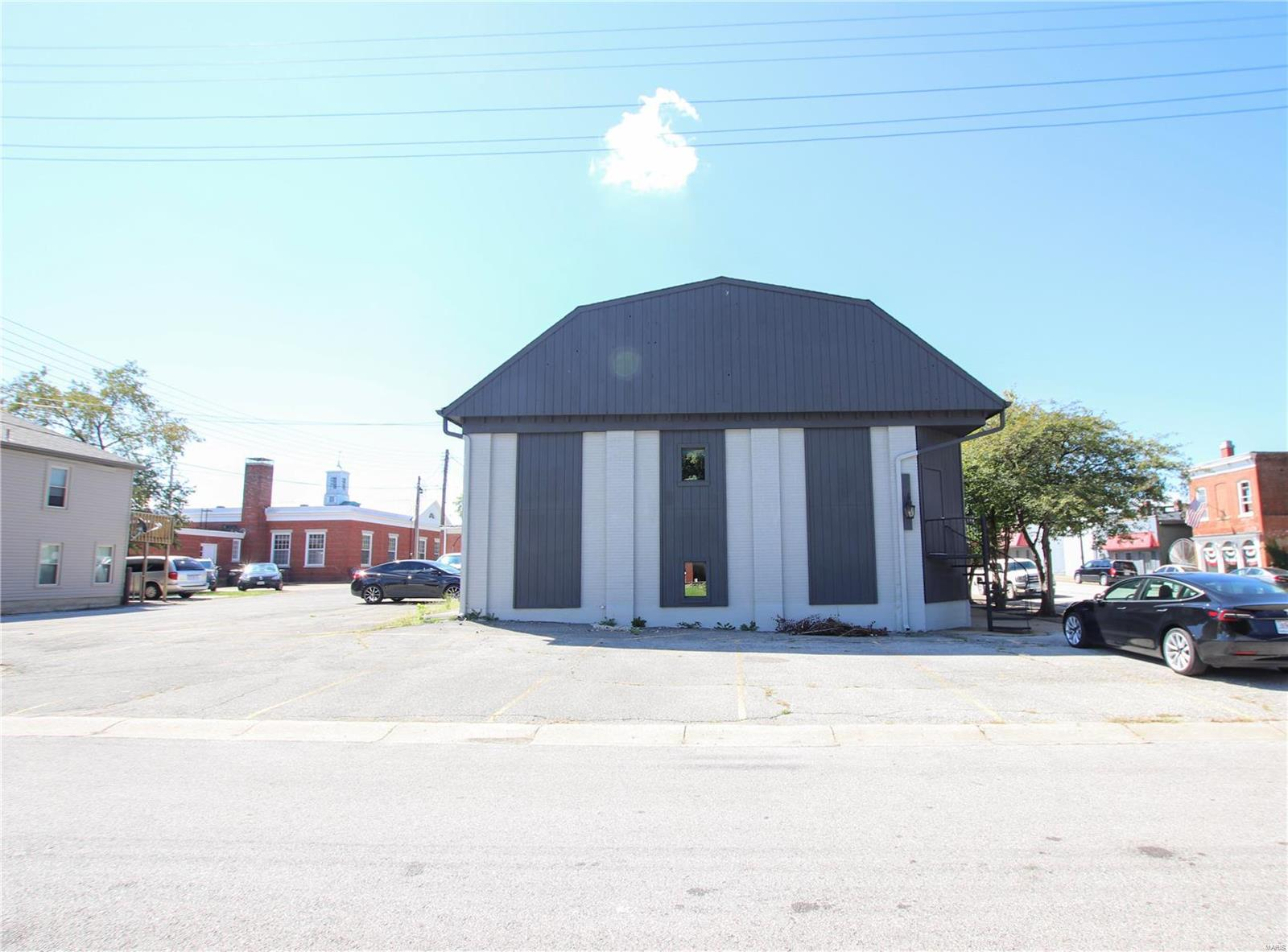 80 N Oak Street Property Photo - Union, MO real estate listing
