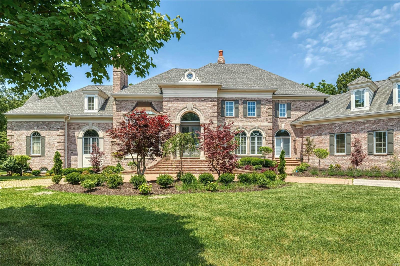 1103 Highland Pointe Drive Property Photo - Town and Country, MO real estate listing