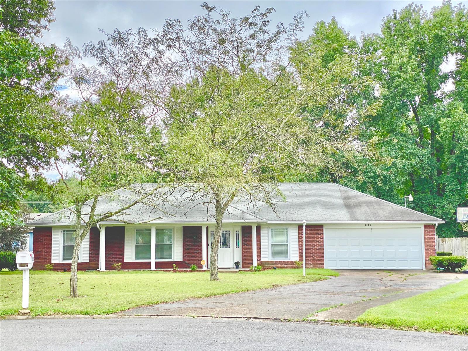 3307 W Hawthorne Court Property Photo