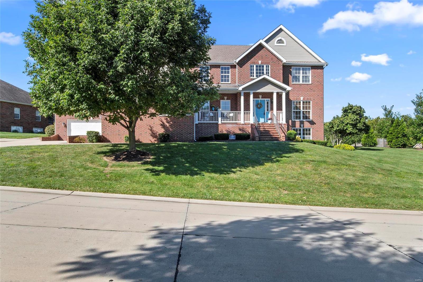 2821 Titleist Drive Property Photo - Belleville, IL real estate listing
