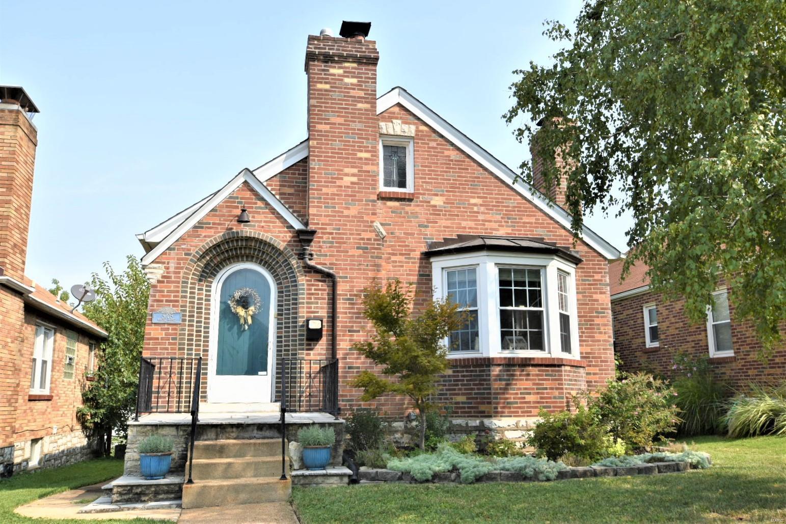 5705 Mardel Avenue Property Photo
