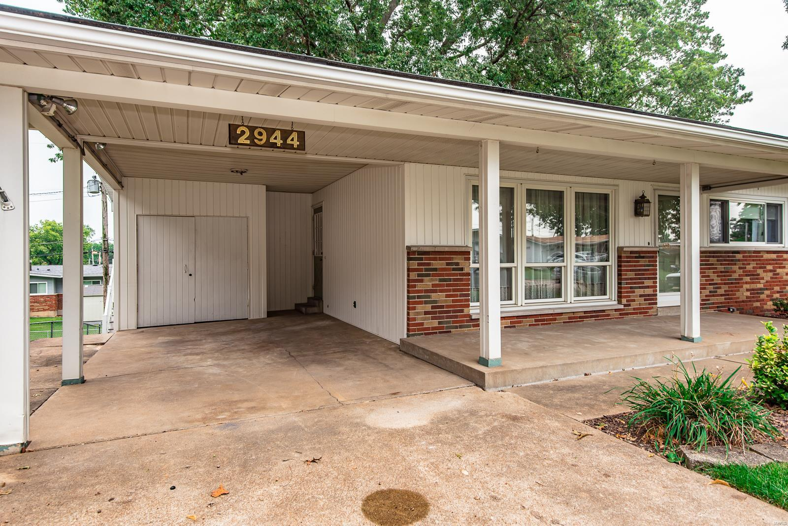 2944 Annunciation Property Photo