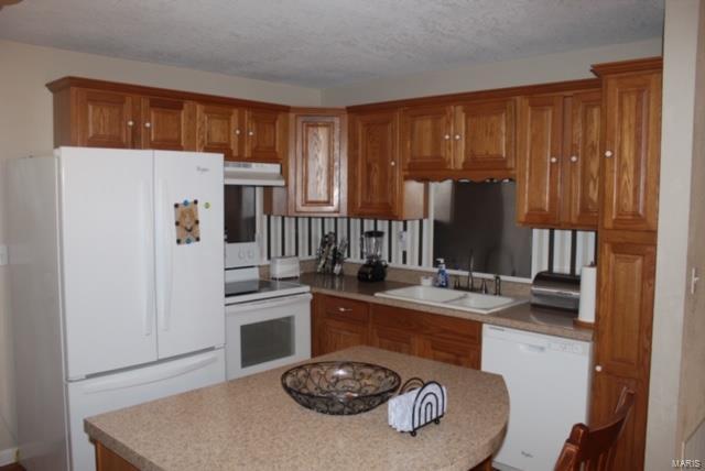 5504 Misty Drive Property Photo