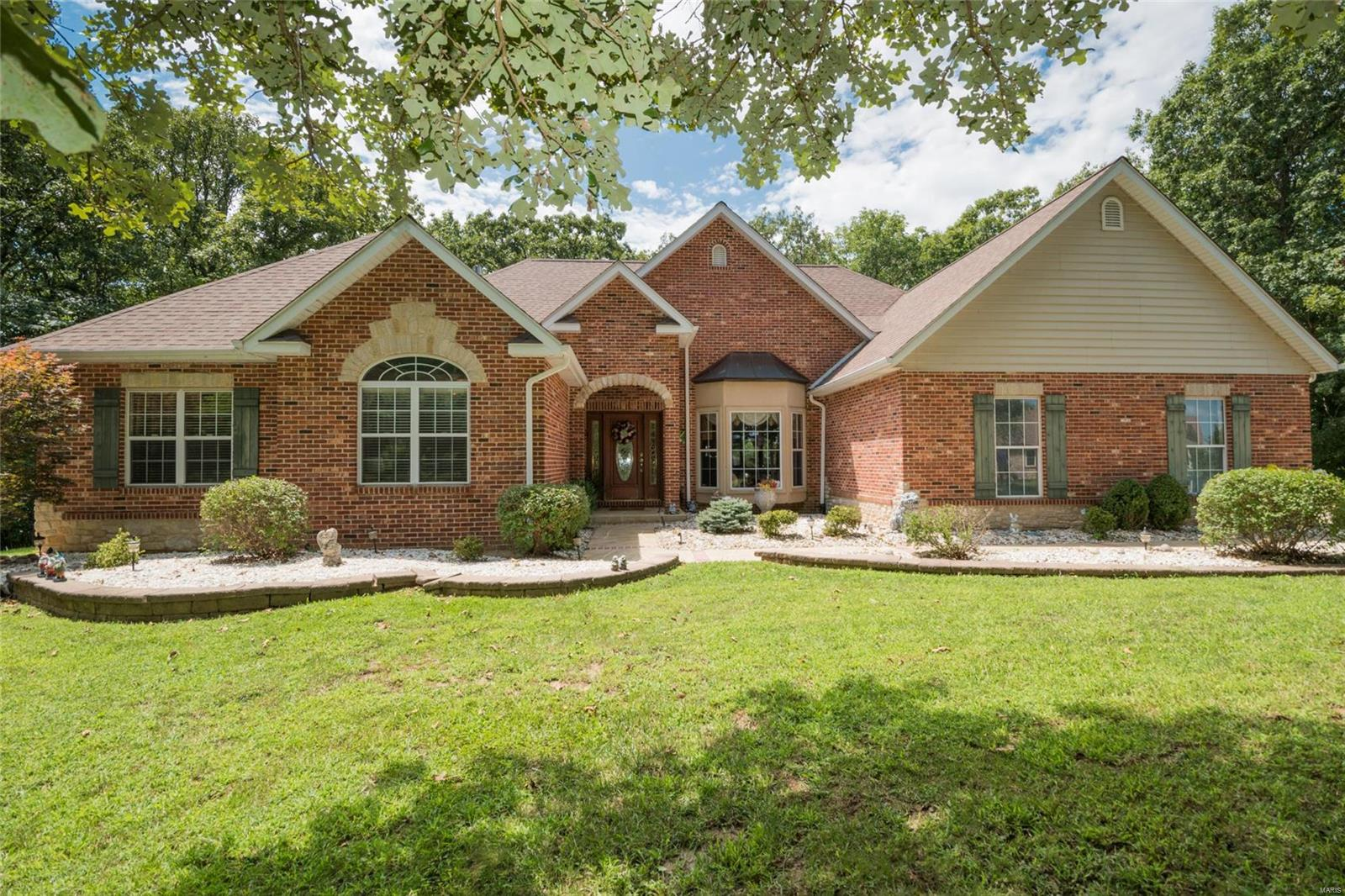 3706 Weeping Willow Court Property Photo - Waterloo, IL real estate listing