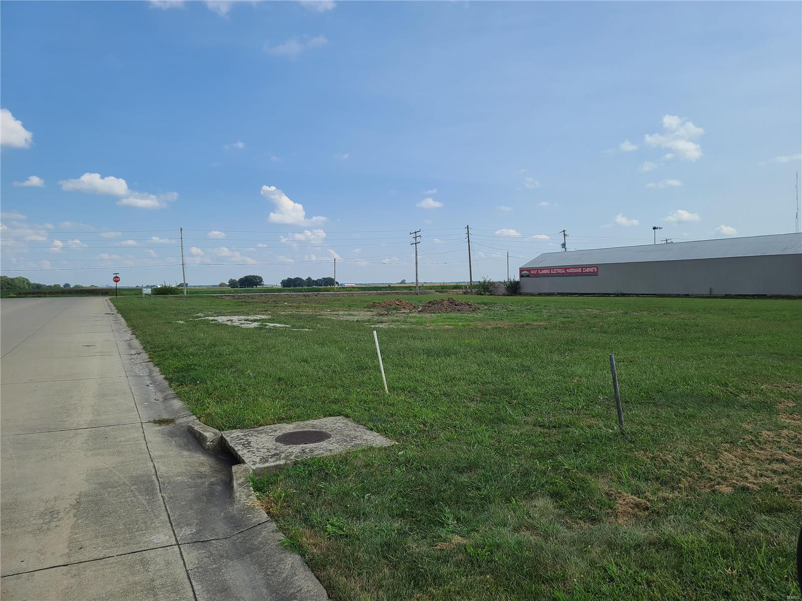 1219 E Cedar Street Property Photo - New Baden, IL real estate listing