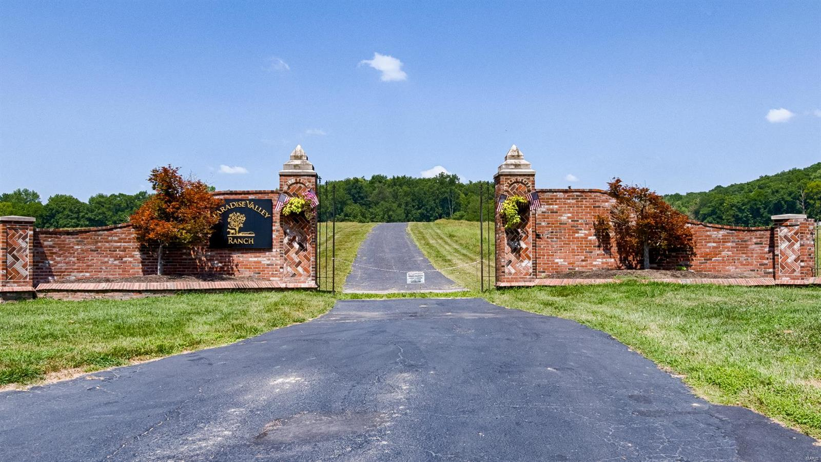 947 Wild Horse Creek Road Property Photo