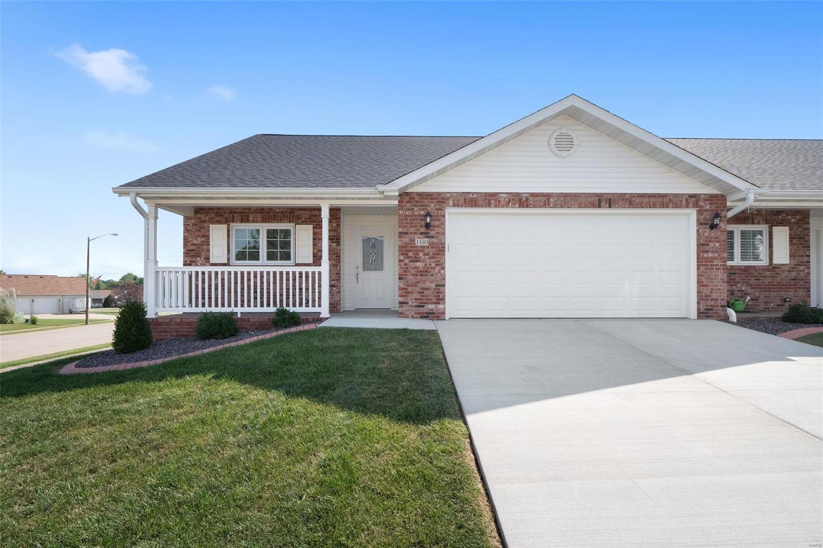 100 Megan Court Property Photo - Valmeyer, IL real estate listing