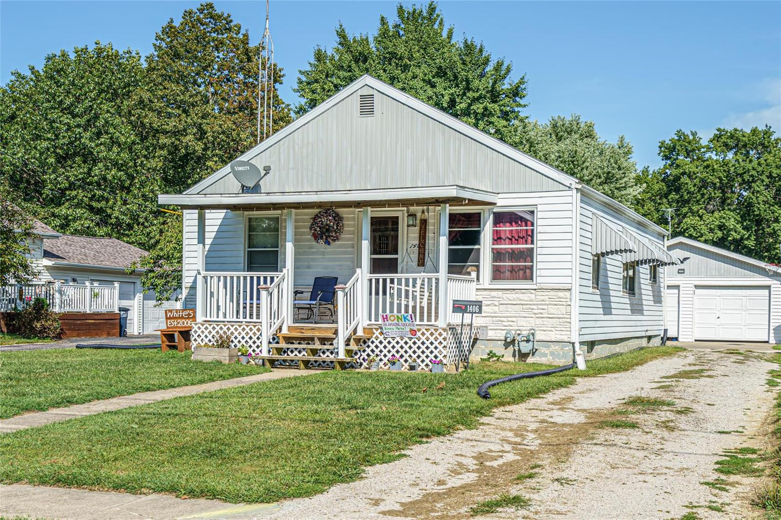 1406 N Franklin Street Property Photo - Litchfield, IL real estate listing