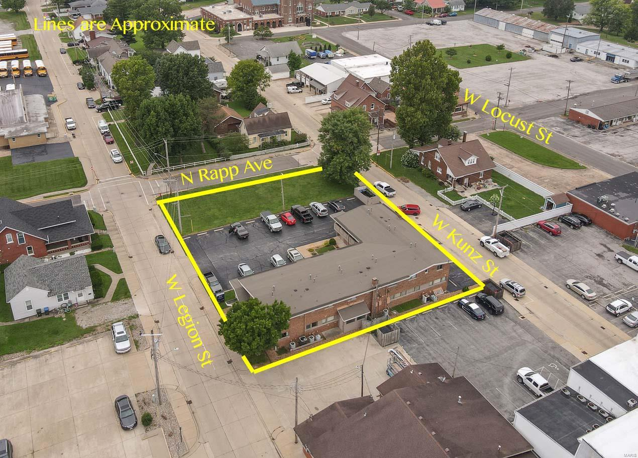 121 W Legion Avenue Property Photo - Columbia, IL real estate listing